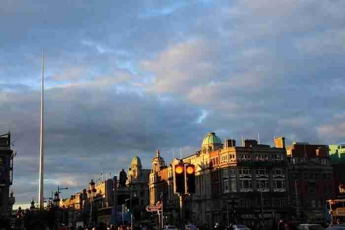 【愛爾蘭景點推薦】剛到都柏林去哪玩 來個City Tour吧 都柏林尖塔 The Spire of Dublin