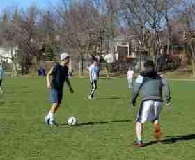 加拿大語言學校UMC 足球